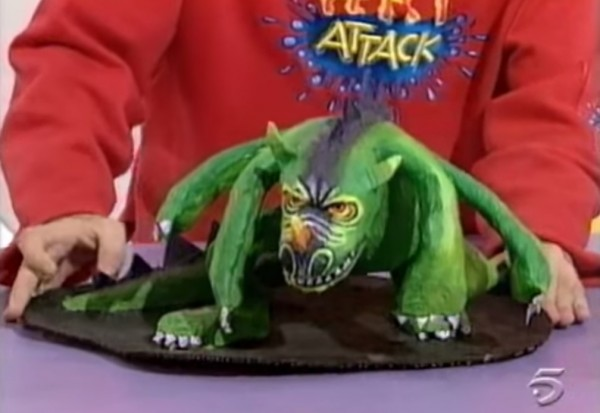 monstruo cuatro brazos